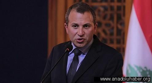 Lübnan dışişleri bakanı: Hükümet ve ordu kendisini geri çekerken Hizbullah düşünmeden IŞİD ile mücadele etti..