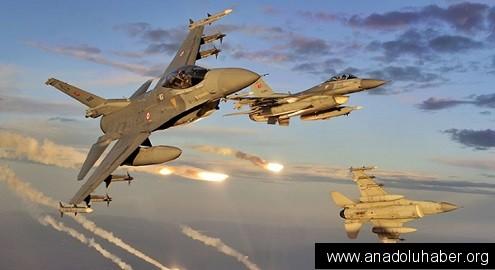 ABD uçakları Irak'lı güçleri vurdu: 5 ölü