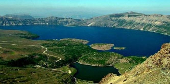 Nemrut Krater Gölü /Bitlis