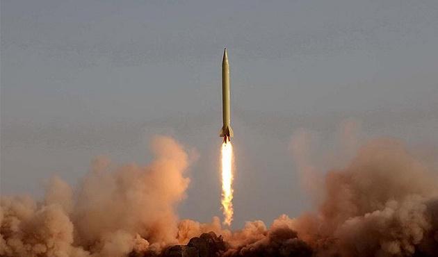 ABD Kuzey Kore'ye gözdağı vermek için nükleer füze denedi