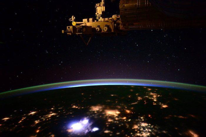 Dünya'nın çevresinde ay gibi dönen minik bir uydu keşfedildi