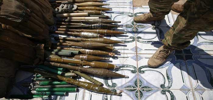 IŞİD Karargahlarında İsrail Silahları ve Ekipmanları Bulundu