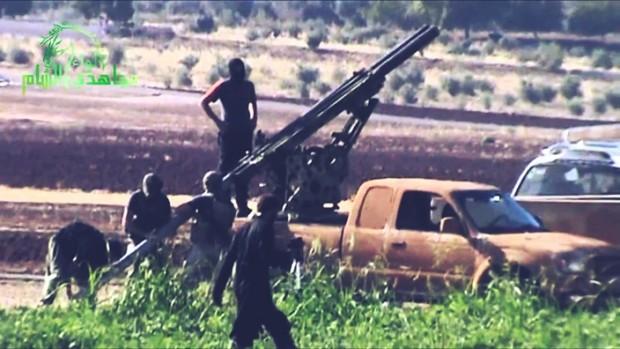 150 kişi ÖSO'dan ayrılıp Demokratik Suriye Güçleri'ne katıldığı söyleniyor