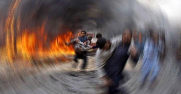 Namaz esnasında camiye intihar saldırısı: En az 50 kişi hayatını kaybetti