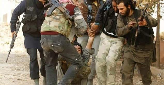 Suriye'de silahlı muhalifler birbirine girdi! 100'e yakın ölü ve yaralı var