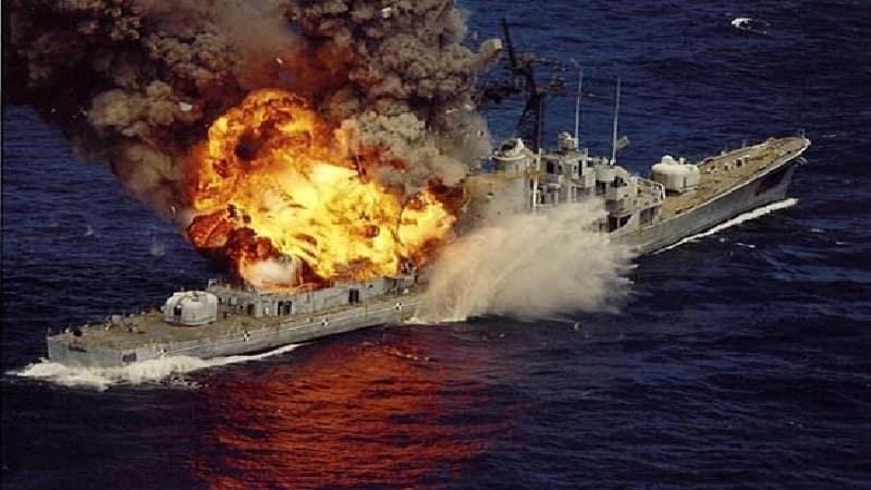 Yemen'de suudi-amerika koalisyonuna ait bir gemi daha batırıldı