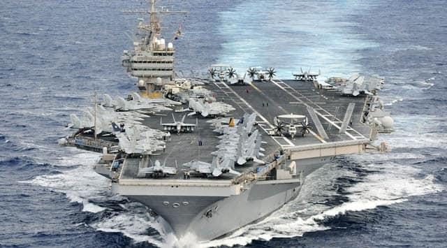 Singapur açıklarında petrol tankeriyle çarpışan savaş gemisinde 10 ABD asker kayıp..!