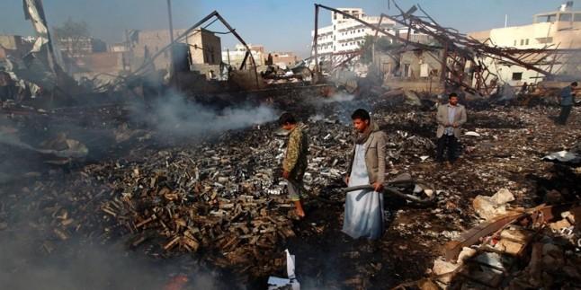 Suudi savaş uçakları geçen 24 saat içinde Yemen'i 50 kez bombaladı