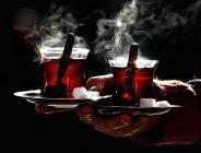 Çay Demlerken Kendinizi Zehirlemeyin!