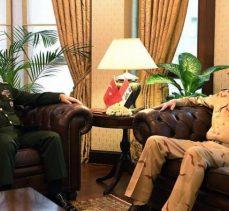 Irak ve Türkiye genel kurmay başkanları Irak'ın toprak bütünlüğüne vurgu yaptılar