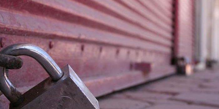 Adana'da şırdan krizi: Esnaf, kepenk kapatıyor